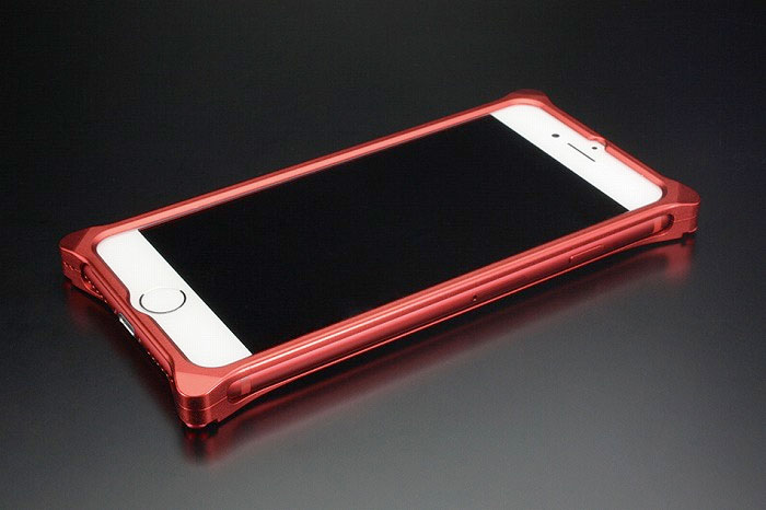 GILD design iPhone SE 第2世代 / 8 / 7 ソリッドバンパー マットレッド Edition