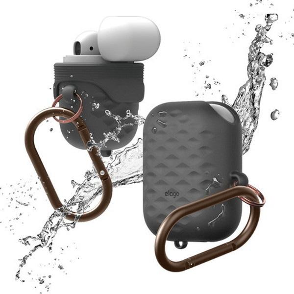 elago AirPods WaterProof Hang Case Active 防滴 防砂 シリコンケース カラビナ付 (Dark Gray)
